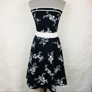 NWT Ruby Rox Floral Strapless Pin Up Dress